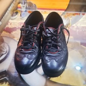 Gucci Sneakers- auth men
